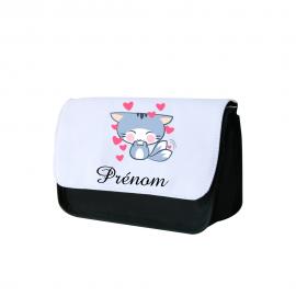 Trousse a crayon personnalisée chat orné de coeurs
