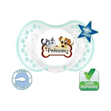 Tétine bébé un logo chien chat et le prénom